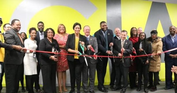 Mayor Bowser and others ribbon cutting